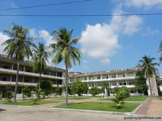 3.tuol-sleng-genocide-museum