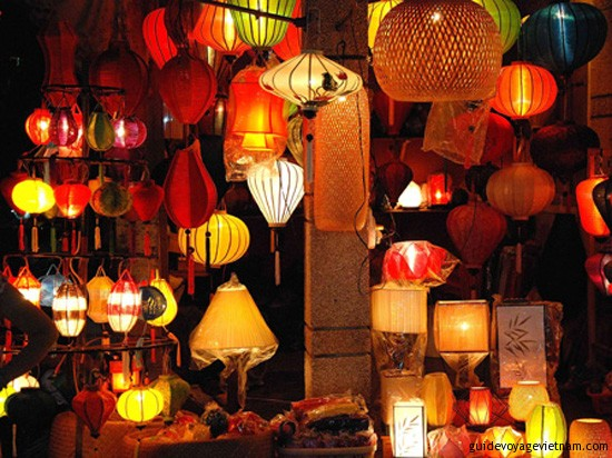 Evening in Hoi An: Traditional lanterns on sale
